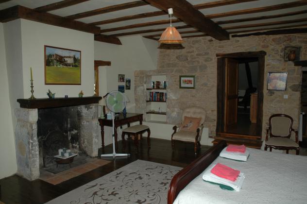 Dordogne périgord noir: schitterend landhuis met gîte op rustige